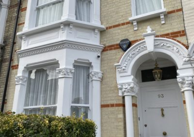 93 Chestnut grove Sw12